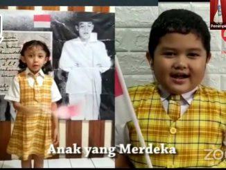 Peserta didik TKK PENABUR Jakarta mengikuti upacara daring yang memecahkan rekor MURI pada Selasa, 18 Agustus 2020