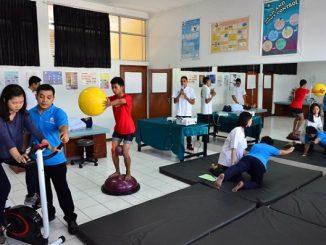 Praktikum Laboratorium Prodi Fisioterapi UKI