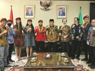 Pengurus Pusat PMKRI bertemu dengan Menteri Agama Fachrul Razi. (Dok, Kemenag)