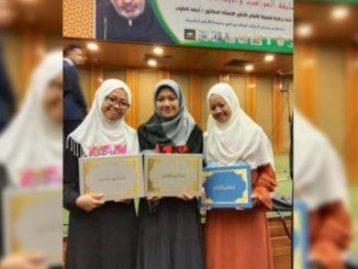 2 Mahasantri Program Beasiswa Santri Berprestasi Juara Kaligrafi dan Nasyid di Mesir