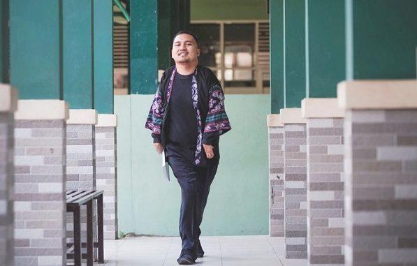 Dadan Mochammad Ramda, guru bahasa Indonesia di Sekolah Menengah Pertama Negeri (SMPN) 20, Jln. Cente, Bandung