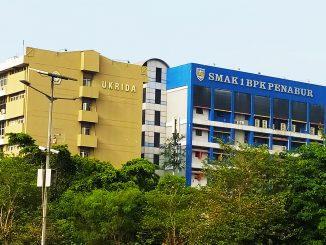Gedung Universitas Kristen Krida Wacana (UKRIDA) bersebelahan dengan SMAK 1 PENABUR Jakarta