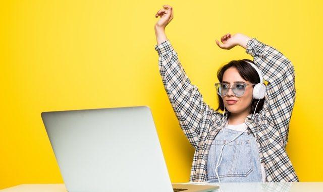 Ilustrasi: 5 situs yang bisa mmebantu kamu mengerjakan tugas kuliah. (KalderaNews.com/Ist.)
