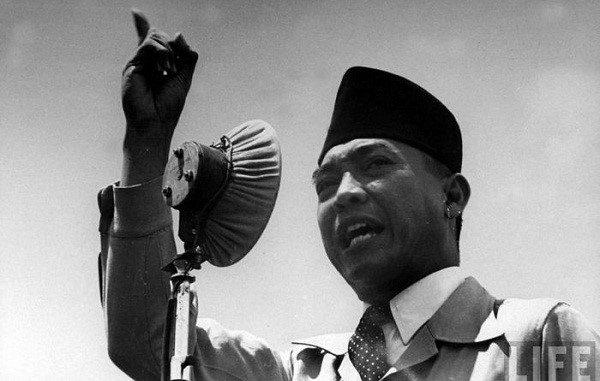 Presiden Pertama Republik Indonesia, Ir. Soekarno (Bung Karno)