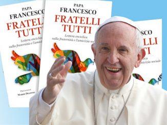 """Ilustrasi: Paus Fransiskus menerbitkan Ensiklik """"Fratelli Tutti"""" yang relevan untuk sekolah Katolik di Indonesia. (KalderaNews.com/repro: y.prayogo)"""