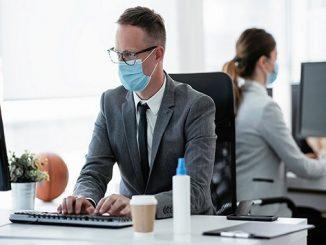 Menurut penelitian dari World Economic Forum, 50% dari semua karyawan akan membutuhkan pelatihan kembali pada tahun 2025, seiring dengan meningkatnya penggunaan teknologi (KalderaNews/Ist)