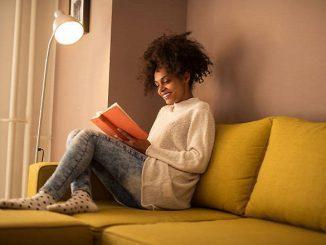 Ilustrasi rutinitas malam usai mengajar (KalderaNews/Ist)