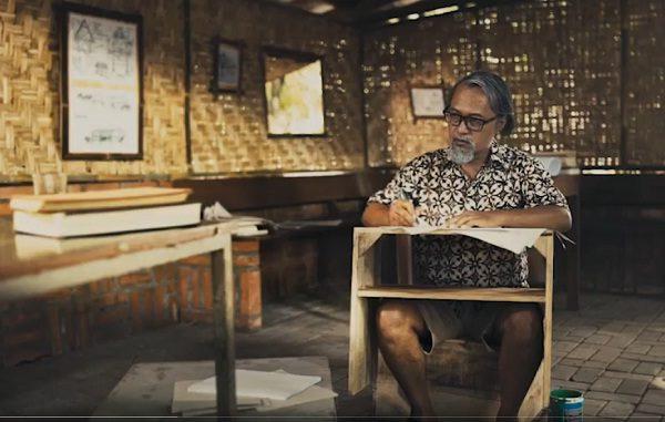 Pemeran Romo Mangun di trailer film dokumenter Sang Manyar: Nyanyian Pinggir Kali