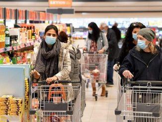 Ilustrasi orang belanja di toko serba ceban (KalderaNews/Ist)