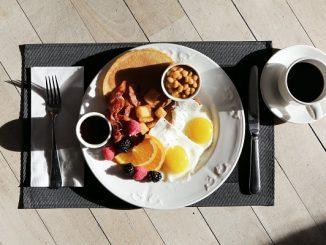 Ilustrasi sarapan di pagi hari. Sarapan dapat meningkatkan daya ingat (KalderaNews/Ist)