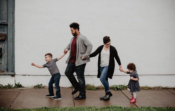 Ilustrasi tumbuhkan kepercayaan diri pada anak (KalderaNews/Ist)