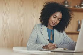 Ilustrasi journaling untuk guru (KalderaNews/Ist)
