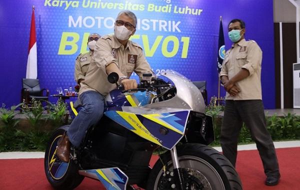 Universitas Budi Luhur (UBL) luncurkan motor listrik pada Kamis, 14 Januari 2021. UBL berperan aktif menciptakan produk ramah lingkungan (KalderaNews/Dok.UBL)