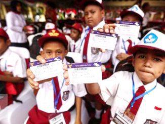 Ilustrasi: Pencairan dana Program Indonesia Pintar (PIP). (KalderaNews.com/Ist.)