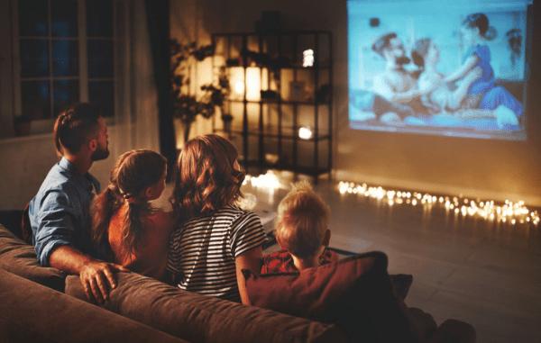 5 rekomendasi film bertema pendidikan untuk temani akhir pekan di rumah (KalderaNews.com/Shutterstock)