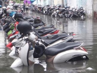 Setelah Terendam Banjir, Rawat Motor Dengan 5 Cara Tepat Ini (KalderaNews.com/Kompas)