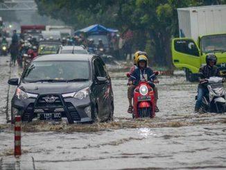 Ilustrasi Motor Mogok Akibat Banjir (KalderaNews.com/Ist)