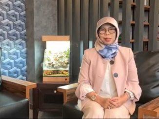 Direktur Sekolah Dasar Kemendikbud, Dra. Sri Wahyuningsih, M.Pd.
