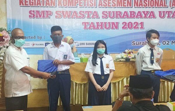 Para juara Kompetisi Asesmen Nasional (AN/AKM) MKKS SMP Swasta Wilayah Utara pada Selasa, 2 Maret 2021