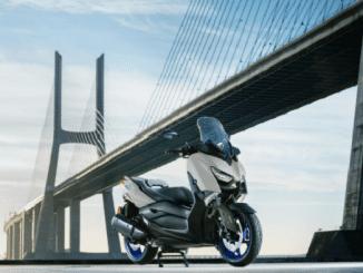 skuter matic, yamaha xmax 2021