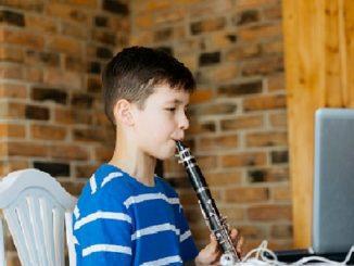 hobi baru, bermain musik