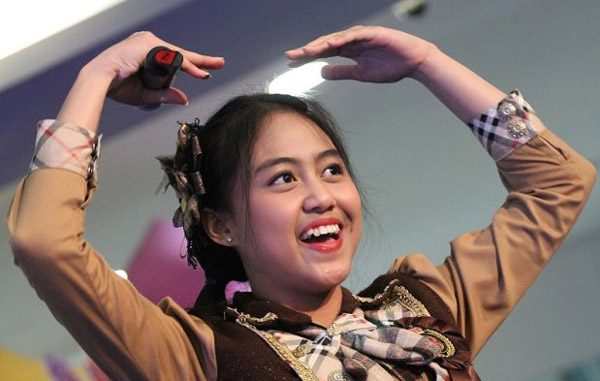 Mahasiswi UKI, Sisca JKT48. (KalderaNews.com/Ist.)