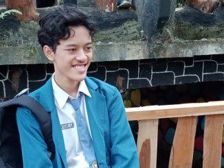 Siswa Kelas XII Bahasa MAN 1 Jombang, Jawa Timur, Maharsyalfath Izlubaid Qutub Maulasufa