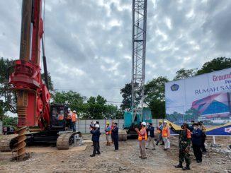Peletakan batu pertama pembangunan Rumah Sakit UMS Surakarta. (KalderaNews.com/Dok.UMS)