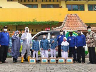 Bakti Sosial yang diadakan SD Muhammadiyah Sapen, Yogyakarta