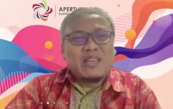 Ketua APERTI BUMN yang juga Rektor Telkom University Prof. Dr. H. Adiwijaya, S.Si., M.Si