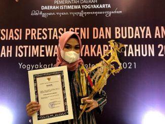 Siswi Madrasah Aliyah Negeri (MAN) 1 Surakarta, Nadia Shafiana Rahma