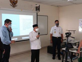 Wakil Presiden Republik Indonesia, Ma'ruf Amin tengah berdialog dengan siswa PENABUR International School Kelapa Gading, Kelapa Gading Barat, Jakarta Utara pada Rabu, 8 September 2021